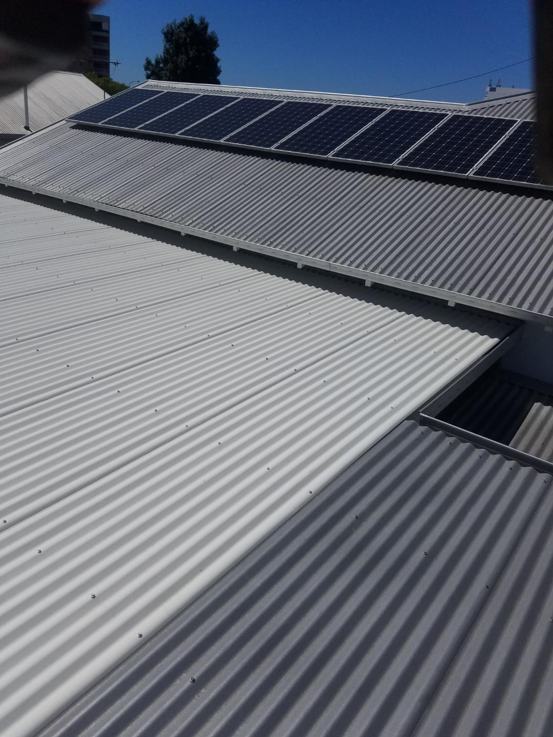 Specialists in installation, cleaning & repair of roof